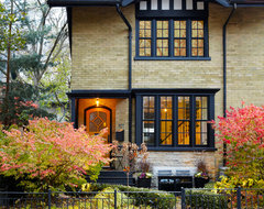 Cabbagetown Gem transitional exterior