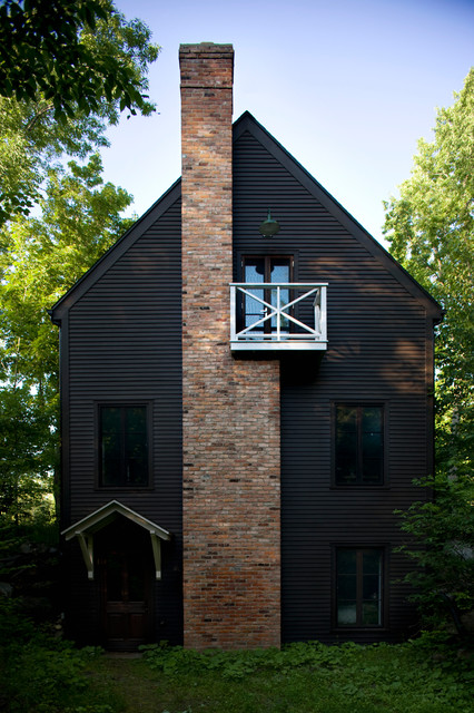Cabin in Fitch Bay, Quebec rustic-exterior