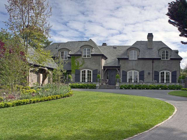California Maison traditional-exterior