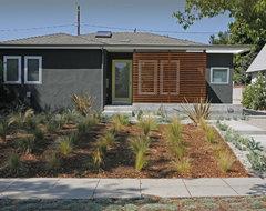 California Street modern-entry