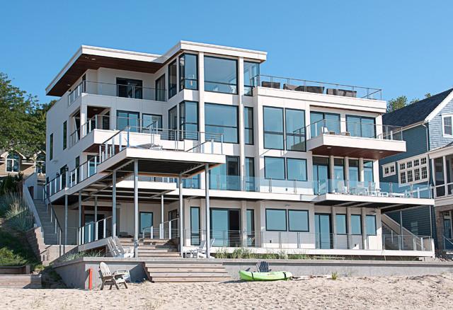 California Style Modern Beach House On