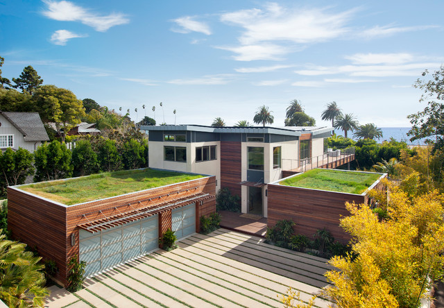 Houzz Tour: High-End Luxury, Highest Ecofriendly Rating in California