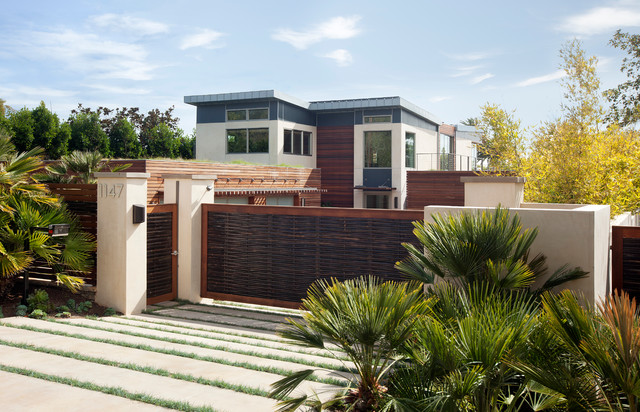 California sustainable home contemporary exterior
