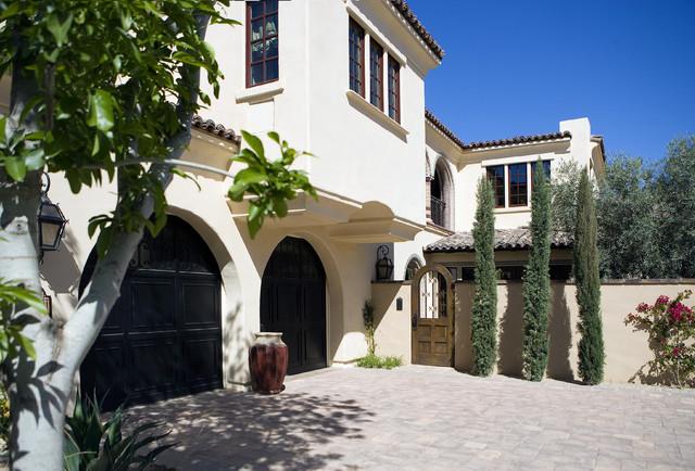 Camelback Mountain Villas mediterranean-exterior