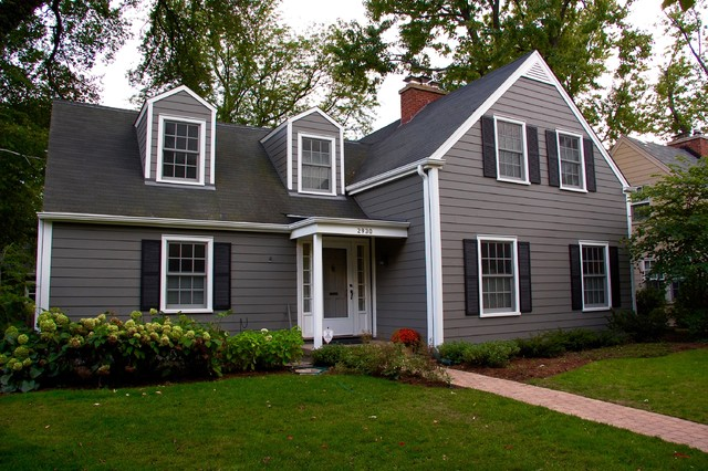 Cape cod style home evanston il in james hardie siding for Cape cod siding ideas
