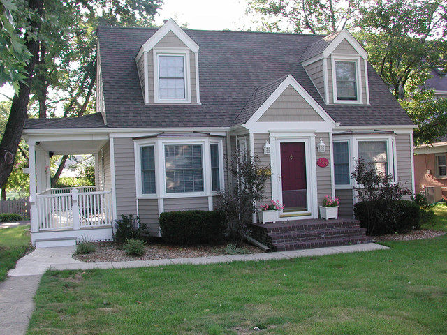 cape cod style home glenview il in vinyl siding traditional exterior - Cape Cod Style House Colors