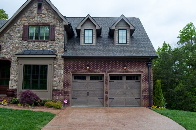 Carriage House Steel Traditional Exterior Nashville
