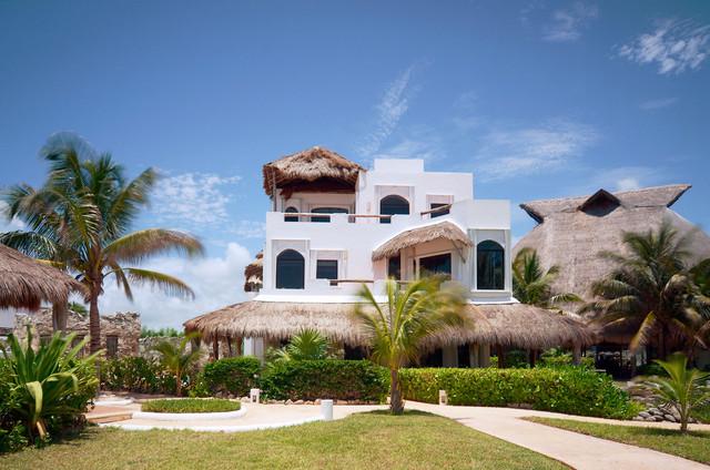 Casa del Secreto tropical-exterior