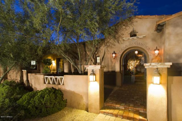 Casas del Oso Luxury Homes mediterranean-exterior