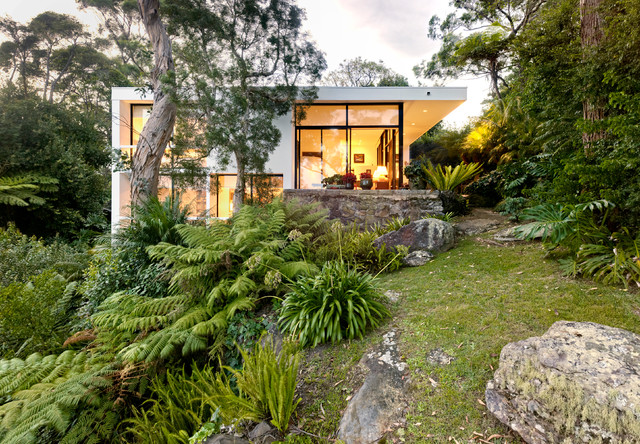 Castlecrag house modern exterior sydney by for Home garden design houzz