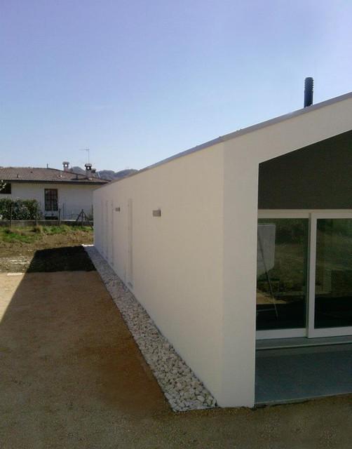 CD House modern-exterior