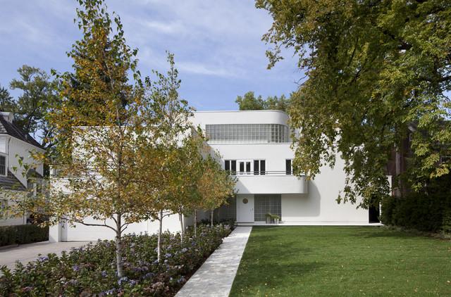 Cedar Lake International Style Modern Exterior