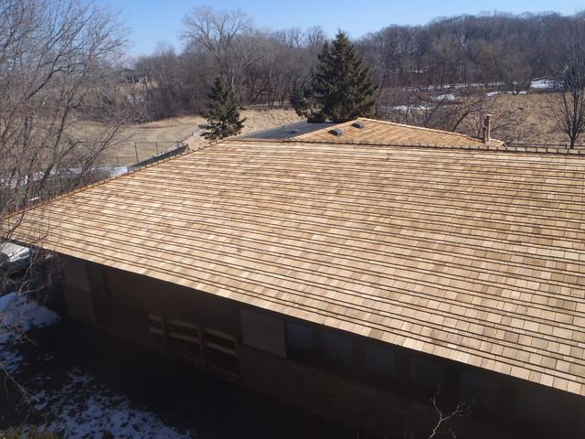 Cedar roofing - Alternating Exposure