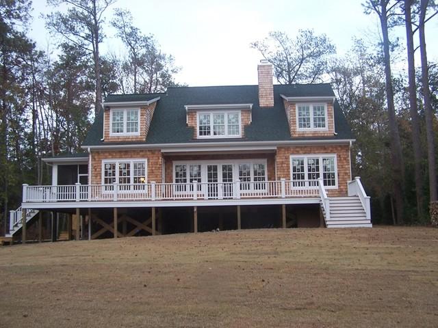 Cedar Shakes traditional-exterior