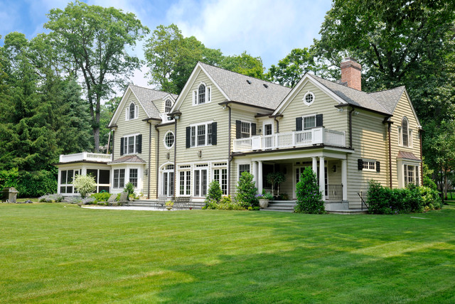 Center Hall Colonial Westchester County Ny Traditional