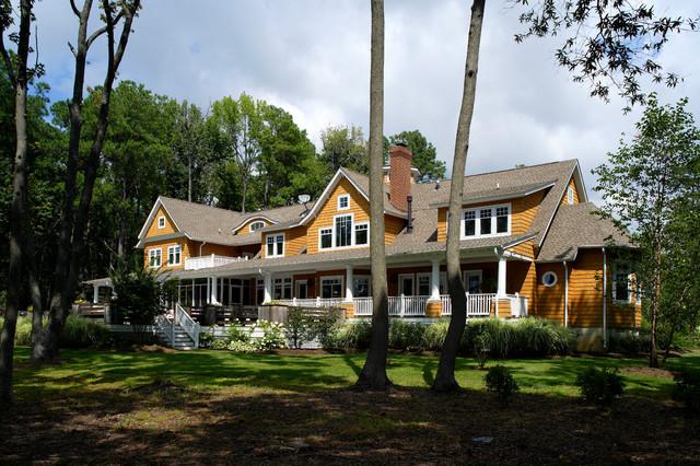 Chesapeake Retreat beach-style-exterior