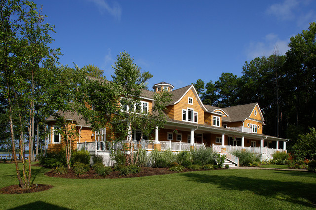 Chesapeake Retreat beach-style-exterior