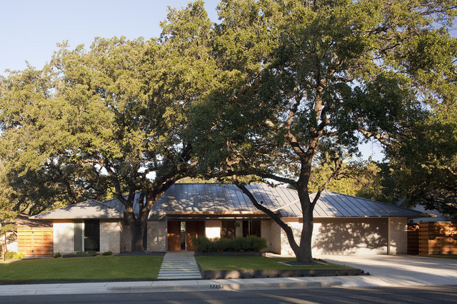 Chimney Corners Remodel contemporary-exterior