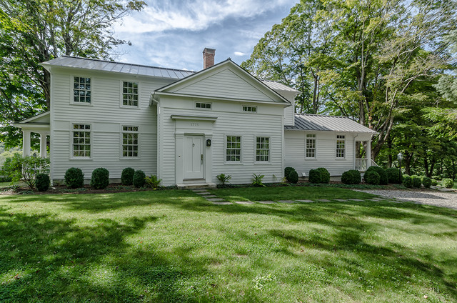Circa 1700 exterior new york by blansfield builders - Cottage anglais connecticut blansfield ...