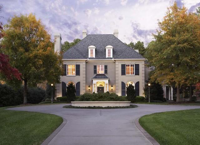 City: Kirkland Residence traditional-exterior