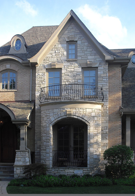 Clarendon Hills traditional-exterior