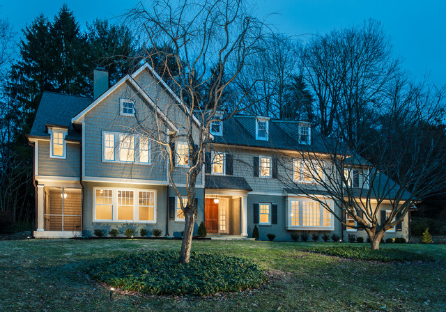 Classic colonial updated traditional exterior philadelphia by weiss associates llc for Updated colonial home exterior