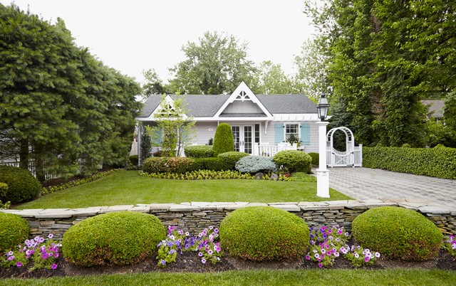 Classic Cottage Shabby Chic Exterior New York By