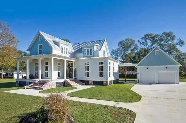 Classic Ingalls Farmhouse House Plan 9772