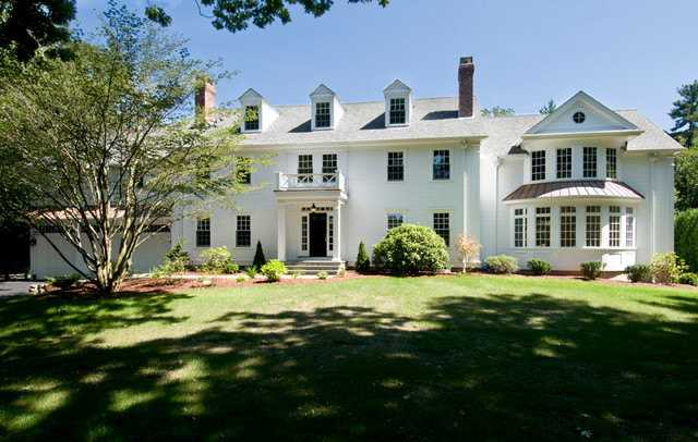 Classic new england white house traditional exterior for Classic new england home designs