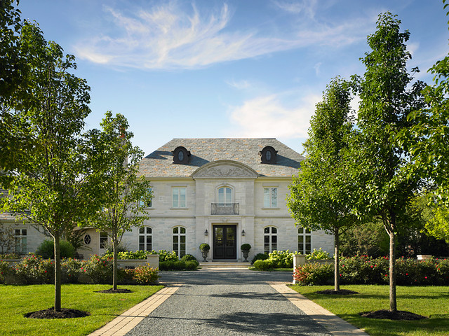 Classic North Shore Residences traditional-exterior