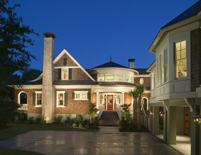 Classic Southern Shingle Style Home on Lagoon traditional-exterior