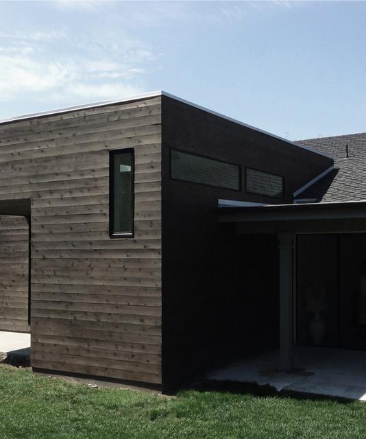 Clerestory Windows At Cedar Siding Contemporary