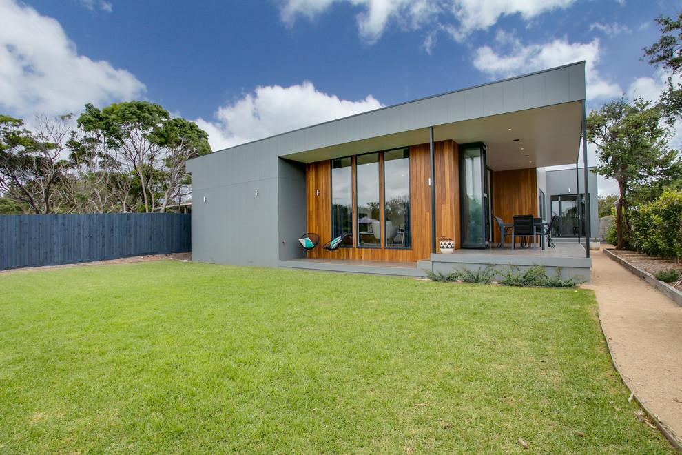 Coastal Design Rye Beach House Vic Beach Style Exterior Melbourne By James Hardie Australia