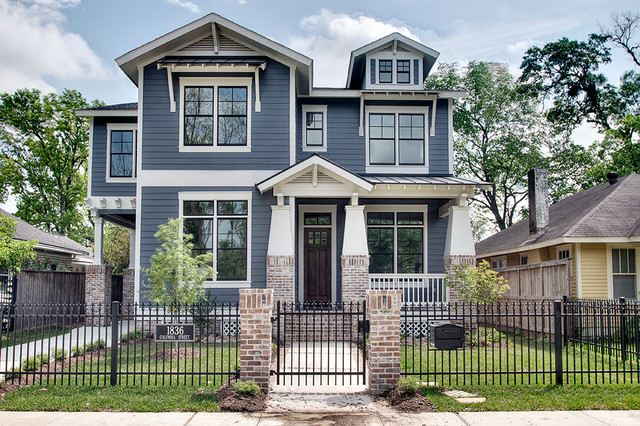 Columbia street front craftsman exterior houston for Craftsman home builders houston