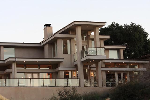 Contemporary Custom Home contemporary-exterior