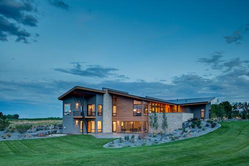 ไอเดียบ้านสองชั้น 02 Contemporary Mountain View