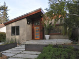 contemporary exterior Front and Center Color: When to Paint Your Door Orange (14 photos)