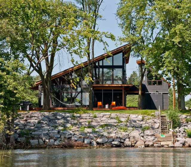 Modern Lake House Design: Houzz Tour: Projecting Toward The View In A Vermont