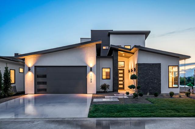 Modern Eagle Home Build
