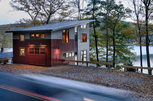 Contemporary Guesthouse rustic-exterior