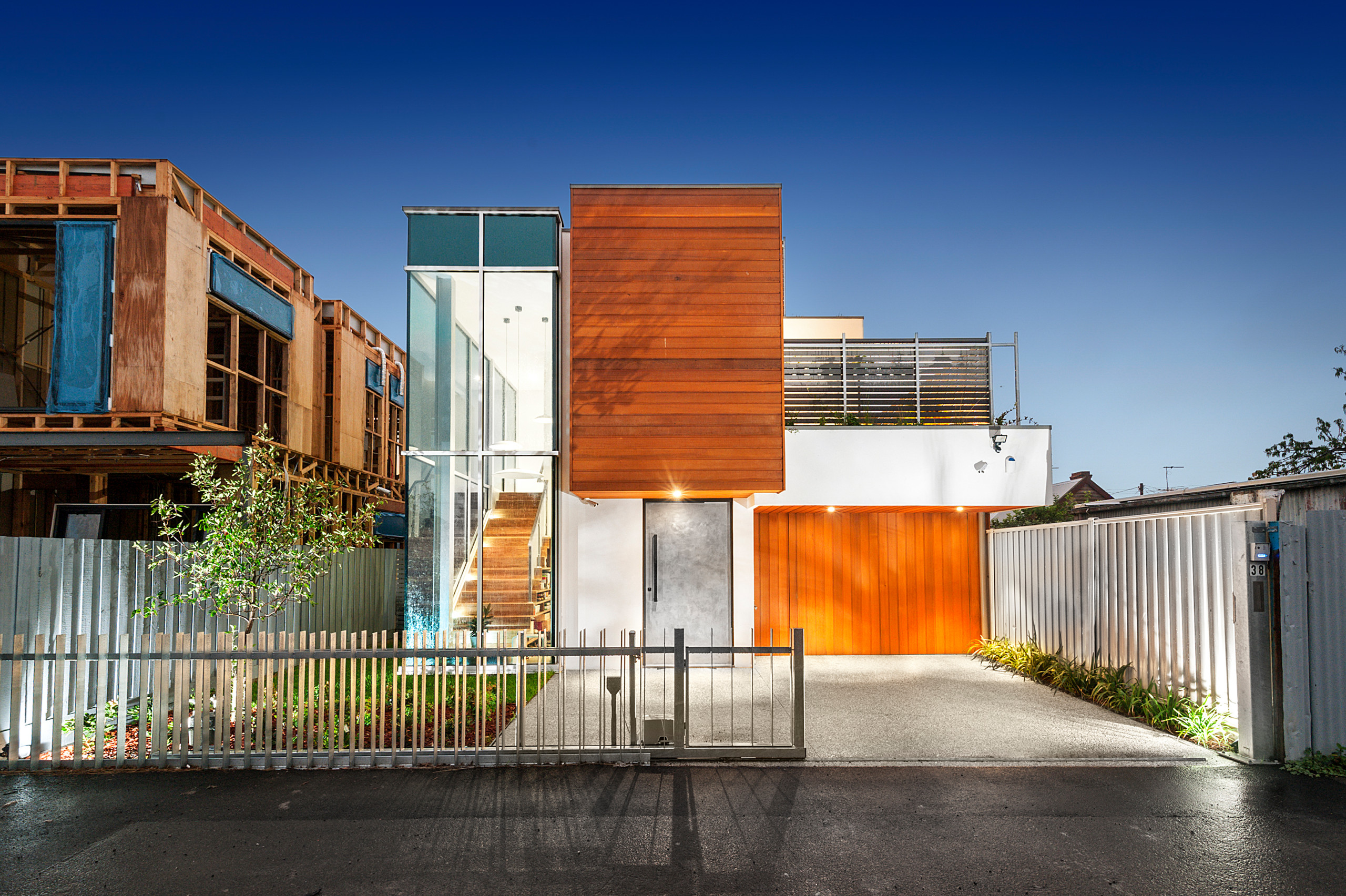 Contemporary Home with City View - Seddon