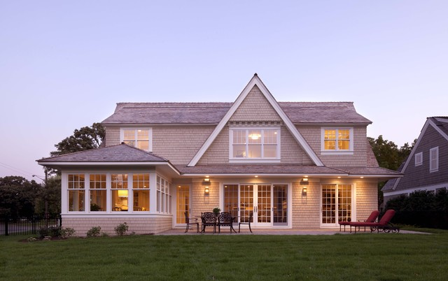 Contemporary shingle style victorian exterior for Modern shingle style architecture