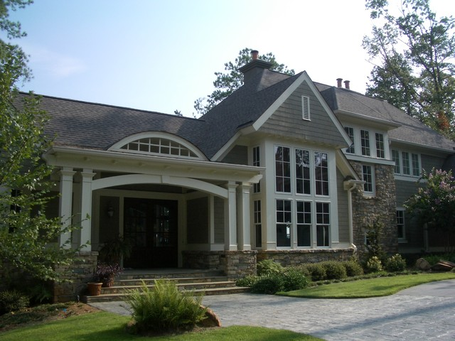 Contemporary shingle style family home traditional exterior for Modern shingle style architecture