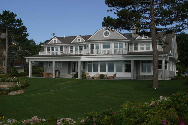 Coolidge Road, Marblehead traditional-exterior