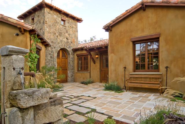 Cottage valley mediterraneo facciata altro di for Micro costruttori di cottage