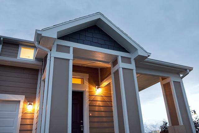 Cottonwood Design - East Riverwalk Model traditional-exterior