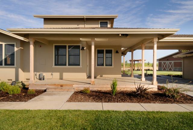 Country Estate Home traditional-exterior