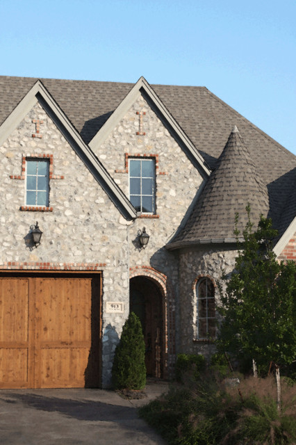 COUNTRY FRENCH traditional-exterior
