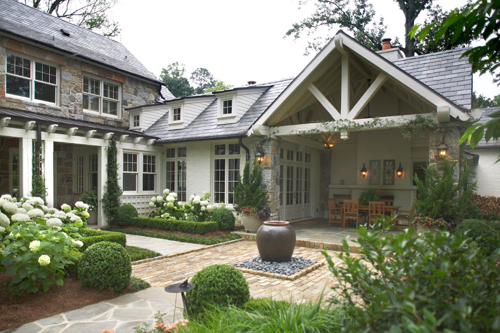 Inspiration for a timeless mixed siding exterior home remodel in Atlanta
