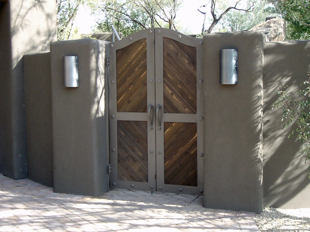 Courtyard Gates - Contemporary - Exterior - phoenix - by Grizzly Iron, Inc